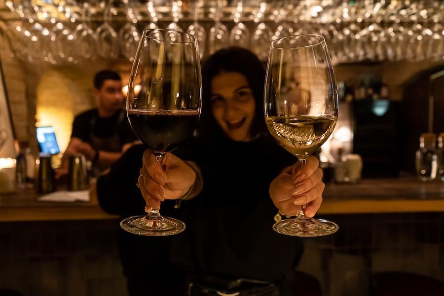 Новий бар. Вино у підвалі Бессарабського ринку в закладі «Бальтазар»