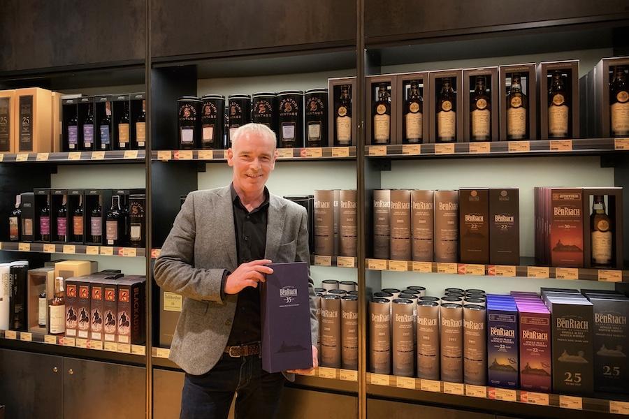 «Ще ніколи люди не пили стільки односолодового віскі»: інтерв'ю з бренд-амбасадором Benriach, Glendronach і Glenglassaugh