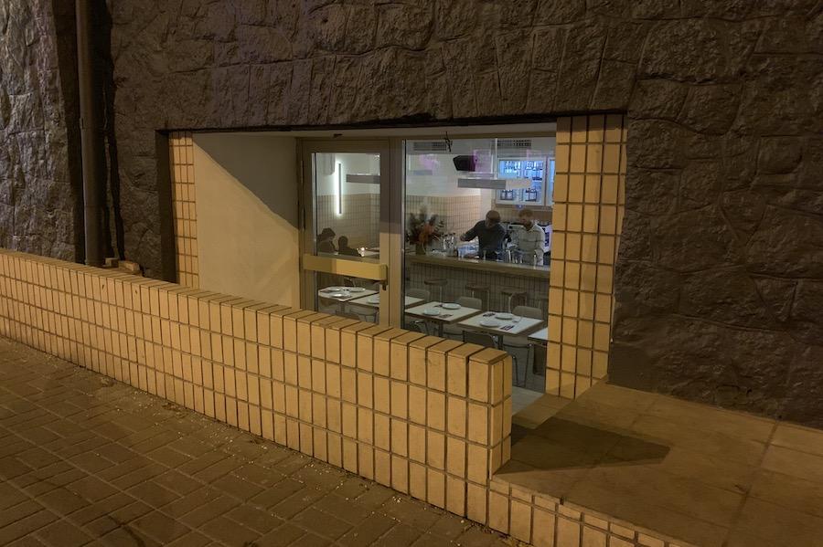 Коктейлі та паста: кафе-бар Jacuzzi відкрили власники «Косатки»