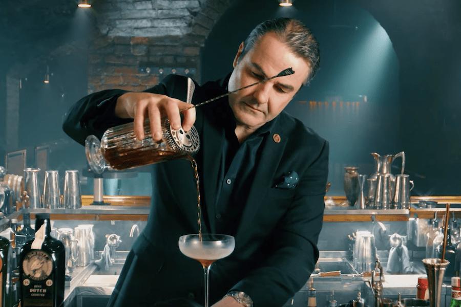 Дивіться, як Філіп Дафф готує коктейль у спільному проєкті Cocktails For You та Loggerhead
