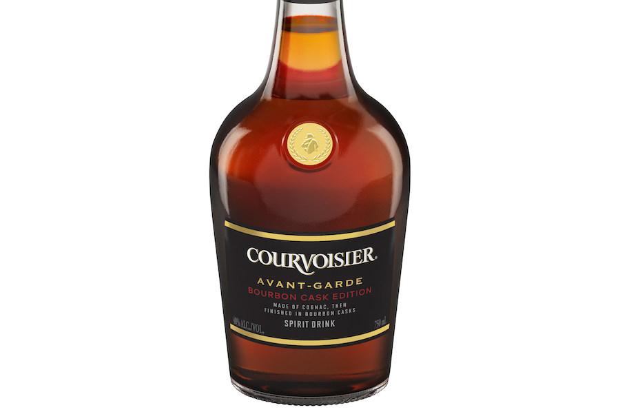 Коньяк, витриманий у бочках для бурбону, випускає Courvoisier