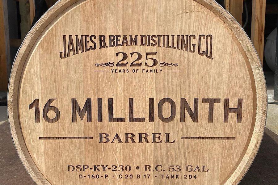 16-мільйонну бочку від часів Сухого закону розлили Jim Beam