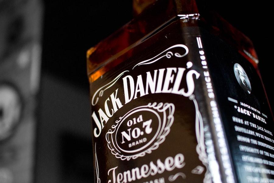 Мільйон доларів на протидію коронавірусу пожертвував виробник Jack Daniel's