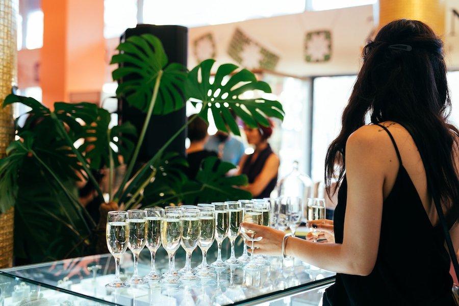 Zirka Sparkling Wines Bar відкрив ювелірний бутик Zarina на Хрещатику