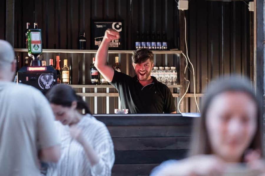 Keller Bar відновили в промзоні на Подолі. Заклад не працював протягом трьох років