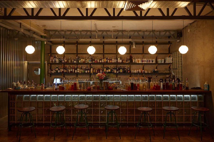 Новий бар. Коктейлі і кава у закладі «Смена» в Дніпрі