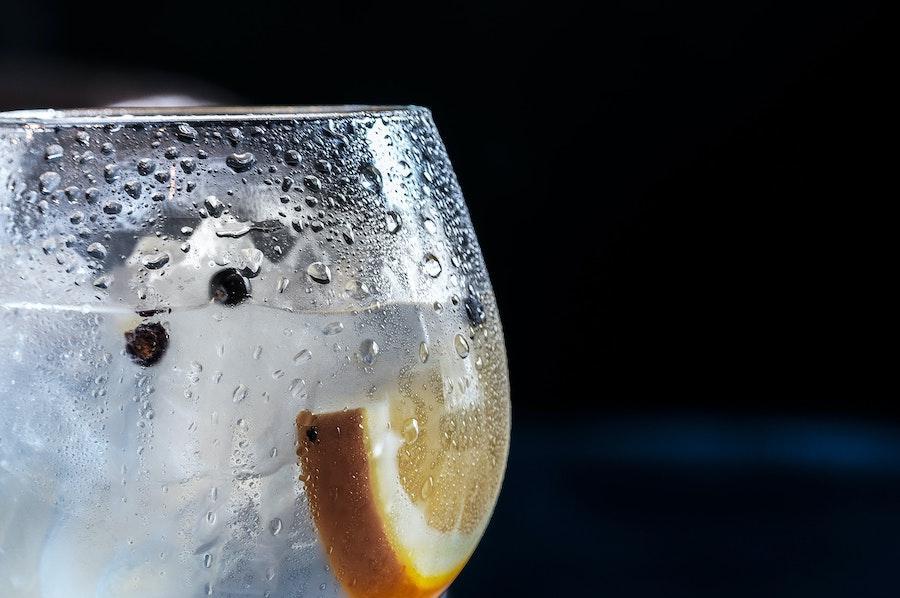 $500 млн недоотримали виробники джину в Британії через карантин